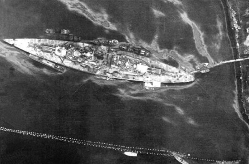 Allemagne : C'est le « sister-ship » d'un autre navire qui a été coulé par la Royal Navy, ce bâtiment de guerre n'a fait que quelques missions où il devait détruire les convois alliés en direction de l'URSS. Ce fut un échec. Il subit attaques sur attaques avant d'être détruit par un bombardement