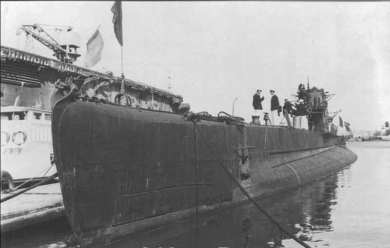 France : Il fut l'un des cinq bâtiments de guerre à s'échapper lors du sabordage de la flotte française à Toulon à l'approche des armées nazies. Il participa à la libération de la Corse. Quel est ce navire.