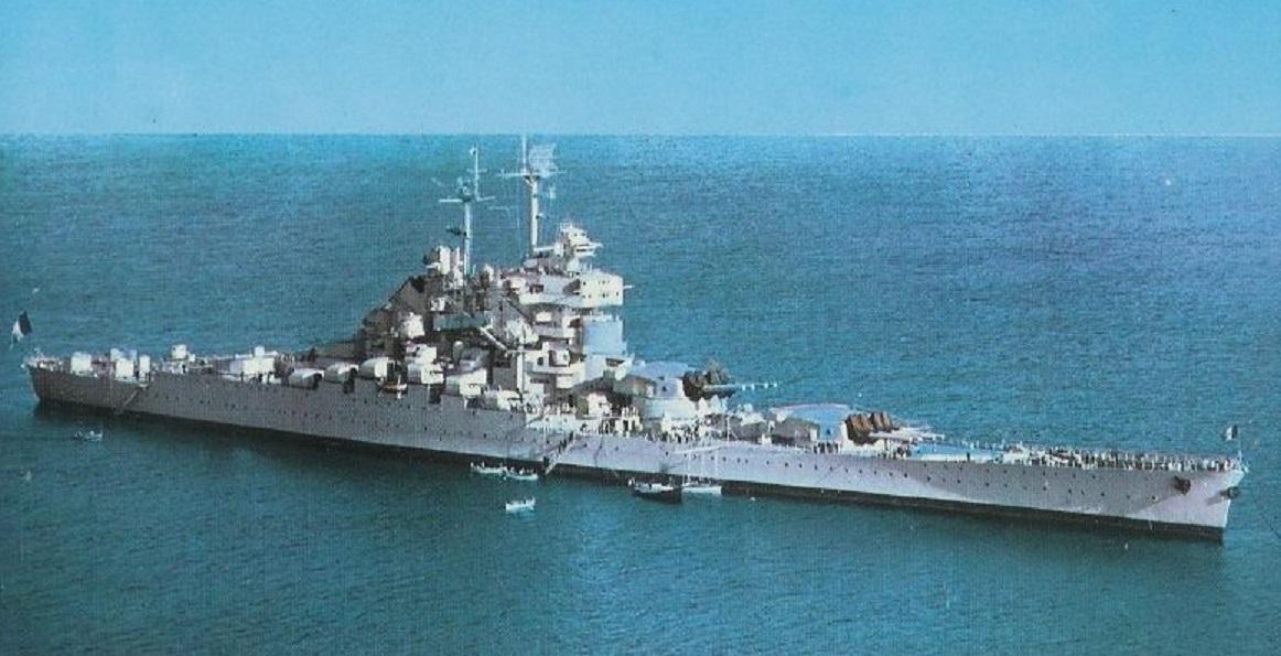 Navires de guerre (ou considérés comme tel) de la 2e Guerre mondiale de tout pays…