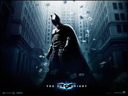 Qui est le réalisateur de  The dark knight  ?
