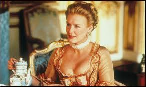 La Marquise de Merteuil est un des personnages d'un célèbre roman, il s'agit de :