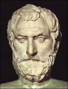 En quoi  Thalès de Milet  s'est-il distingué ?
