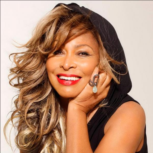 En quoi Tina  Turner  s'est-elle distinguée ?
