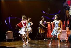 Violetta, Francesca et Camila ont-elles chanté  Codigo Amistad  ?