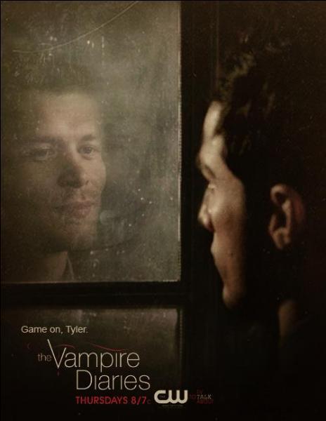 Après avoir libéré Caroline tout en étant dans le corps de Tyler, quelle gaffe fait Klaus ?