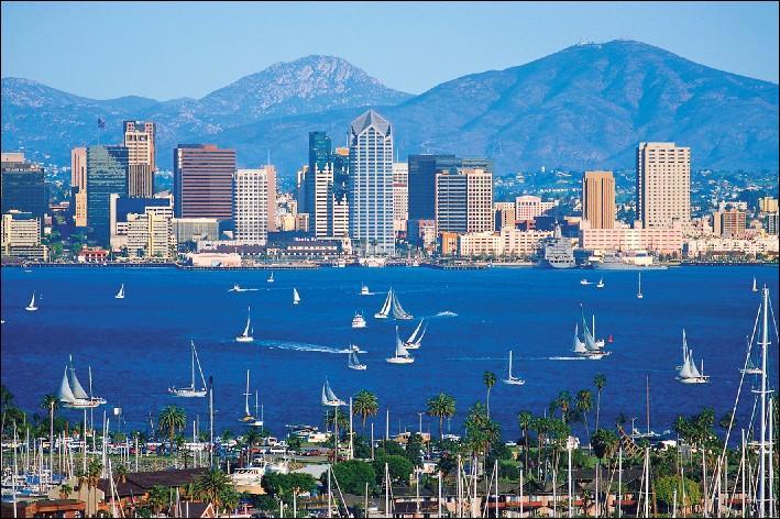 San Diego est la huitième commune la plus peuplée des Etats-Unis avec 1, 3 millions de citoyens. Dans quel état est-elle localisée ?