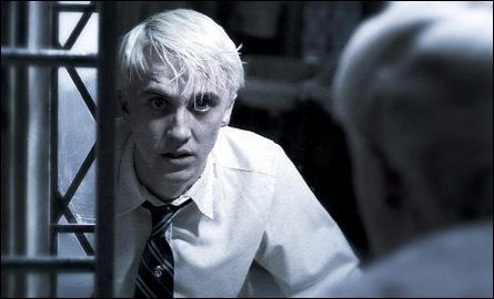 Durant cette année là, sous le poids de la menace que Voldemort fait planer au dessus de sa famille, où Drago va-t-il souvent se réfugier ? [HP6]