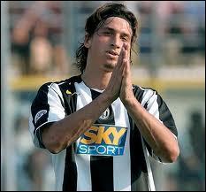 De 2004 à 2006, Zlatan évolue à la Juventus Turin. Quelle fut la cause de son départ du club ?