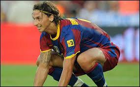 Zlatan Ibrahimovic porta les couleurs du FC Barcelone pour une unique saison. Pour quelle raison majeure quitta-t-il le club catalan ?