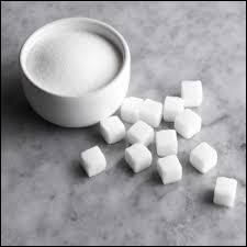 Peut-être l'avez-vous remarqué, on a beau lutter et répéter sans cesse que le sucre est nocif pour la santé, on trouve cet additif, l'Acésulfame k dans la boulangerie, pâtisserie, boissons gazeuses, j'en passe et des meilleures, il a pourtant une particularité !