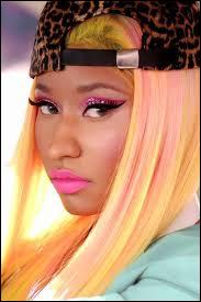 Comment s'appelle cette chanteuse qui interpréte du rap ?