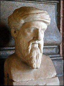 Philosophes et scientifiques s'intéressent également à la musique. Pythagore pense que, dans l'Univers, l'harmonie, sous la forme du nombre, guide toutes choses. Il doit en être de même pour la musique. Il découvre en effet que des notes produites avec des longueurs de cordes ayant entre elles des rapports de nombre entier sont harmonieuses à l'oreille ! Quand Pythagore est-il né ?