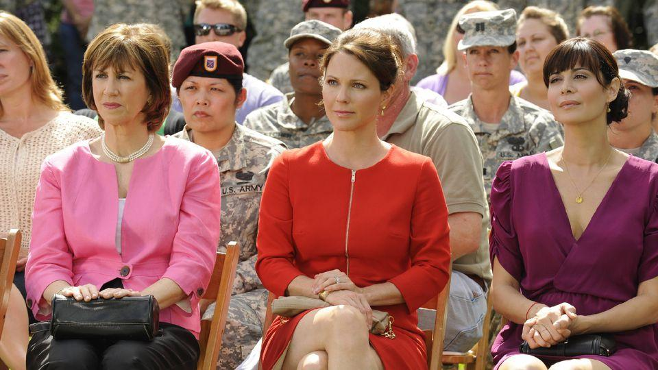 American Wives 6x19