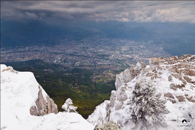 Quel est le parc d'attraction de l'Isère ?