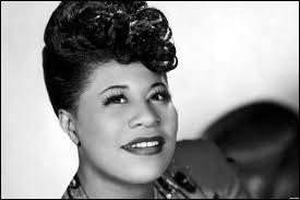 Juin : En 1987, qui a chanté une chanson en hommage à Ella Fitzgerald ?