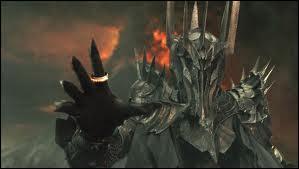 Qui est le serviteur le plus proche de Sauron ?