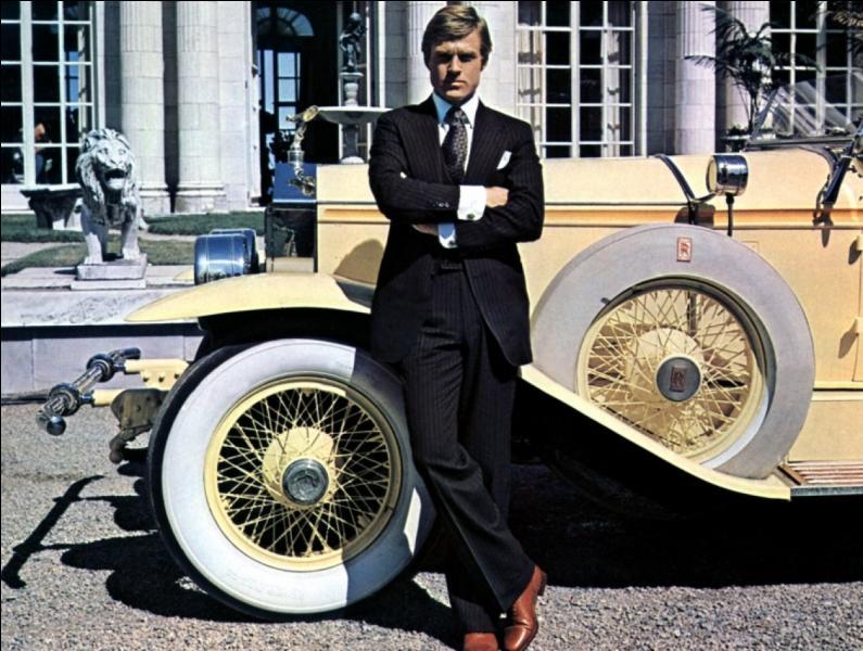 En 1974, Robert Redford incarne Gatsby dans  Gatsby le Magnifique . Un remake a été réalisé dernièrement. Quel acteur américain hollywoodien reprend le rôle de Gatsby ?