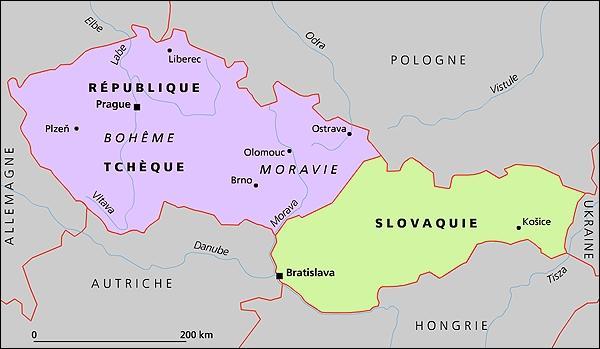 Jusqu'à sa partition en deux états (la République tchèque et la Slovaquie), la ville de Prague était-elle la capitale de la Tchécoslovaquie ?