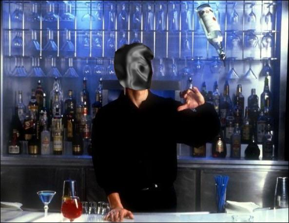 Dans  Cocktail , il joue le rôle d'un barman très habile en flair bartending. C'est :
