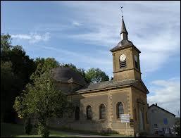 Voici l'église de la commune de Breux. Où situez-vous cette commune ?