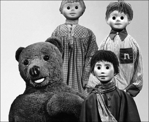 Comment s'appelaient les neveux de Nounours dans  Bonne nuit les petits  ?