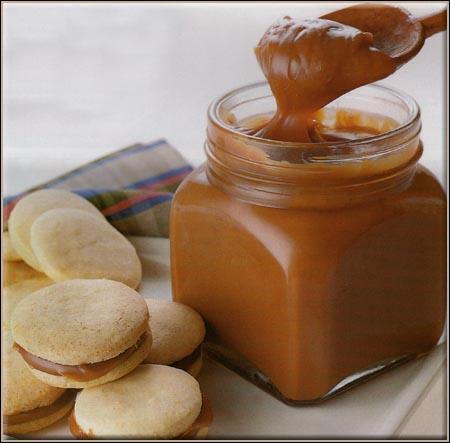 Le  dulce de leche  est une spécialité culinaire traditionnelle en Amérique du Sud. Quel est son nom en français ?