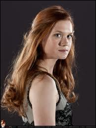 Qui vient la sauver avec Harry et Ron, dans la chambre des secrets ?