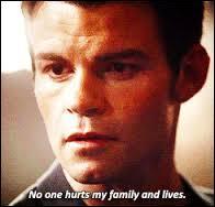 Le pilote de cette série est le combientième de la saison 4 de  Vampire Diaries  ?