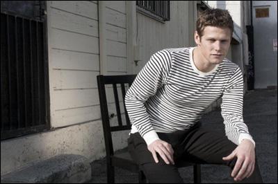 Matt est déjà sorti avec Elena. Vrai ou faux ?