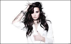 Quel âge a Demi en 2014 (01/02) ?
