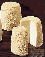 Sur le plateau de fromage, nous est proposé ce petit fromage de chèvre venant du Poitou :