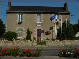 Je suis à Notre-Dame-des-Landes. Cette commune des Pays-de-la-Loire se situe dans le département ...