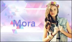Mora est la soeur de :
