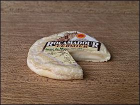 Puis un Rocamadour au lait de :
