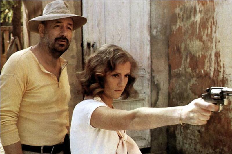 Il est classé 75e. Ce film date de 1981, il a été réalisé par Bertrand Tavernier, avec Philippe Noiret, Jean-Pierre Marielle, Isabelle Huppert. C'est un hallucinant conte immoral où règne la lâcheté, l'inceste, le racisme et le meurtre.Quel est ce film ?