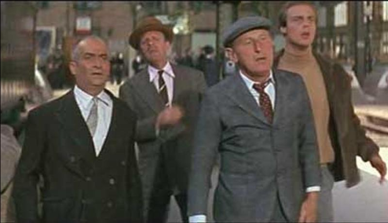 Il est classé 36e. Sorti en 1966, c'est un film de Gérard Oury, avec Louis de Funès, Bourvil. Vous trouverez, tea for two, un chef d'orchestre, un peintre en bâtiment, des aviateurs et quelques méchants. Il y a aussi un bain turc et un planeur ! Quel est ce film ?