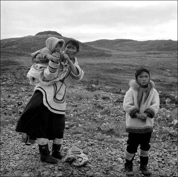 De quelle zone du monde les Inuits sont-ils originaires ?