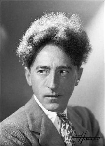 Jean Cocteau, poète, dramaturge et cinéaste.  Les enfants terribles ...