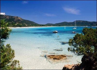 Comment appelle-t-on couramment la Corse ?