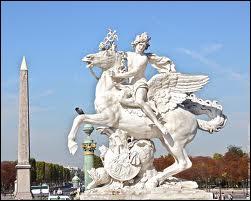 Chez les romains, il est le dieu du commerce, des voyages et est le messager des dieux. Il est identifié au dieu grec Hermès. De qui s'agit-il ?