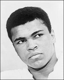 Boxeur emblématique, Mohamed Ali, alias Cassius Clay, avait bien d'autre talents. Lesquels ?