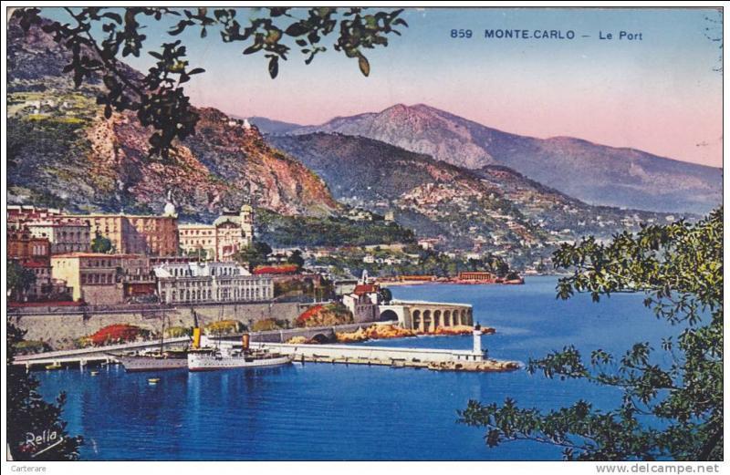 Jusqu'au milieu du XIXème siècle, la principauté de Monaco occupait 24 km² puisqu'en plus de la commune de Monaco elle dirigeait aussi les villes de Menton et de Roquebrune. Quelle est sa superficie aujourd'hui ?