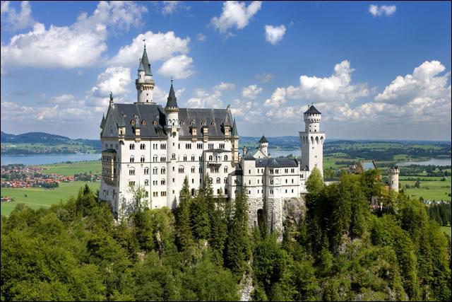 Avec 80 millions d'habitants, l'Allemagne est le pays le plus peuplé d'Europe de l'Ouest, mais est-il également le plus vaste ?