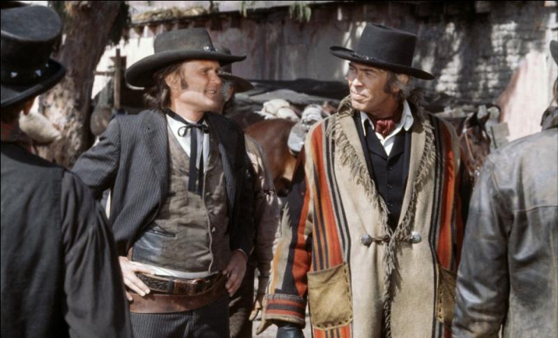 En 1973, le réalisateur Sam Peckinpah filme  Pat Garrett et Billy le Kid  avec James Coburn. Quelle est la fonction de Fort Sumner, une construction présente dans ce western ?