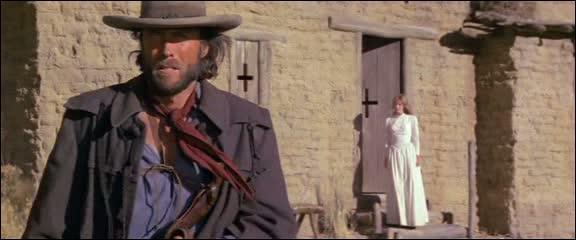 En 1976, c'est encore Clint Eastwood qui est présent sur le front du western avec  Josey Wales hors-la-loi  qu'il réalise. Le film devait être réalisé au départ par Philip Kaufman. Comment a-t-il néanmoins collaboré au film ?