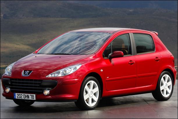 En quelle année la Peugeot 307 - 2e Génération est-elle sortie ?