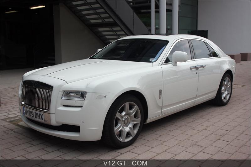 Salomon, ils ont des voitures, ils ont des Rolls blanches, les noirs !