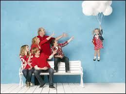 Comment s'appelle le farceur de la famille dans la vie réelle et dans la série ?