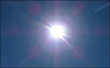 Quelle est la traduction anglaise de ce terme :  inondé de soleil  ?
