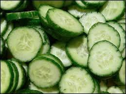 Quelle est la traduction anglaise de ce nom commun :  concombre  ?